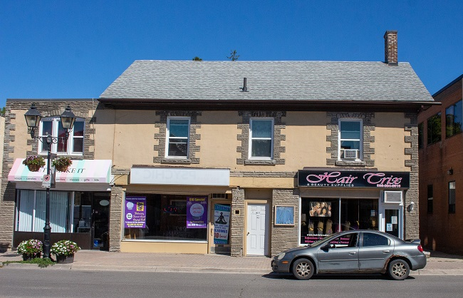 10127 Yonge Street - Coulter's Tailoring Shop