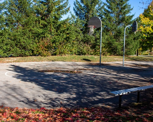 Russell Farm Park - basketball skills courts